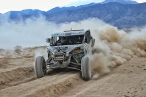 ITP pilot Dustin Jones (Can-Am, S3 Racing, ITP Tires) hammers the throttle through a thick dust section